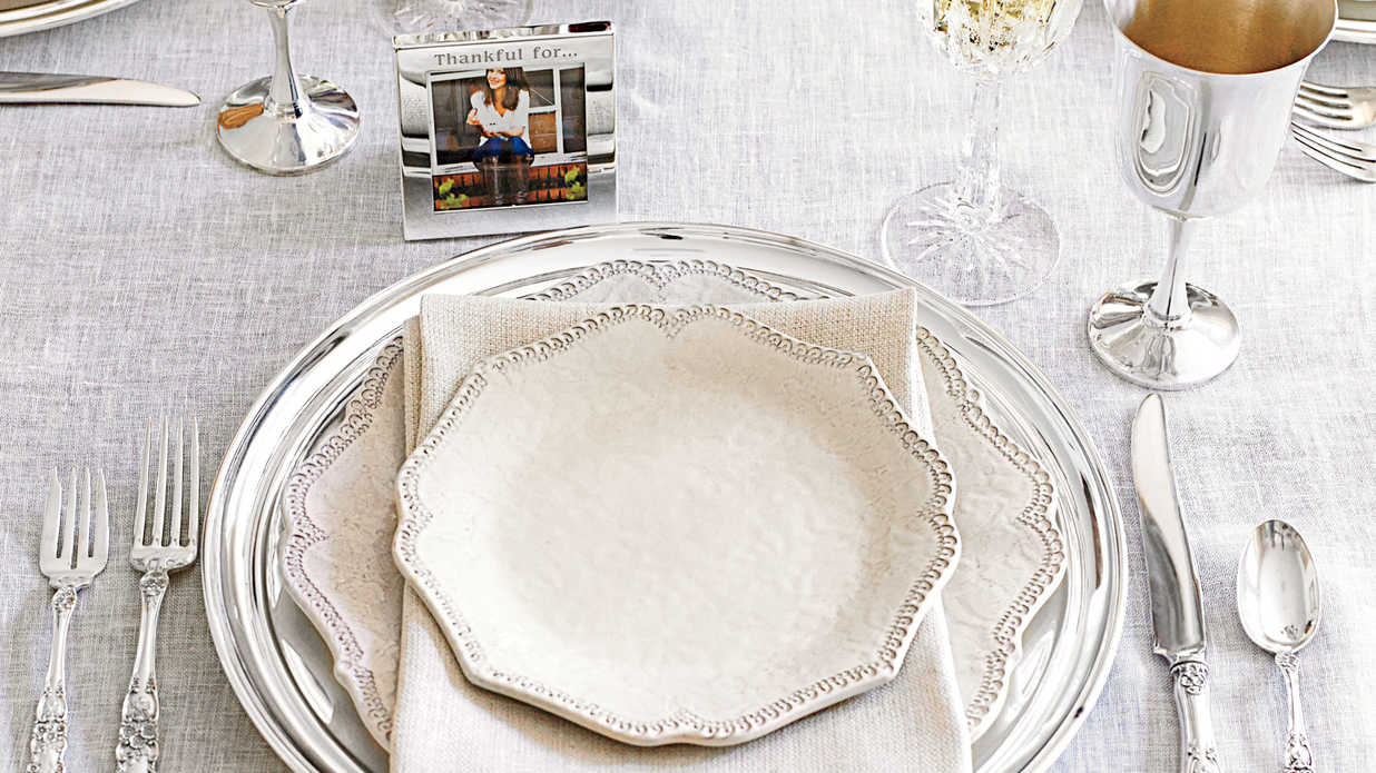 sc 1 st  Southern Living & Thanksgiving Table Setting Ideas - Southern Living