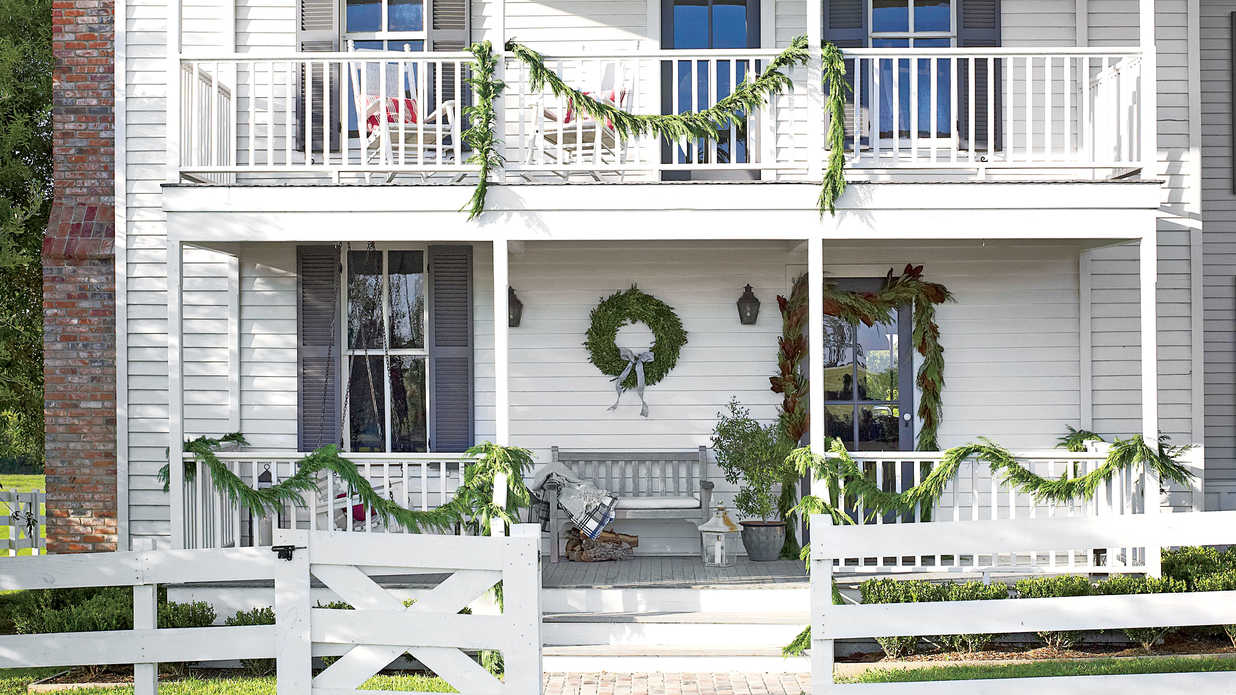 Pure Country Christmas Farmhouse