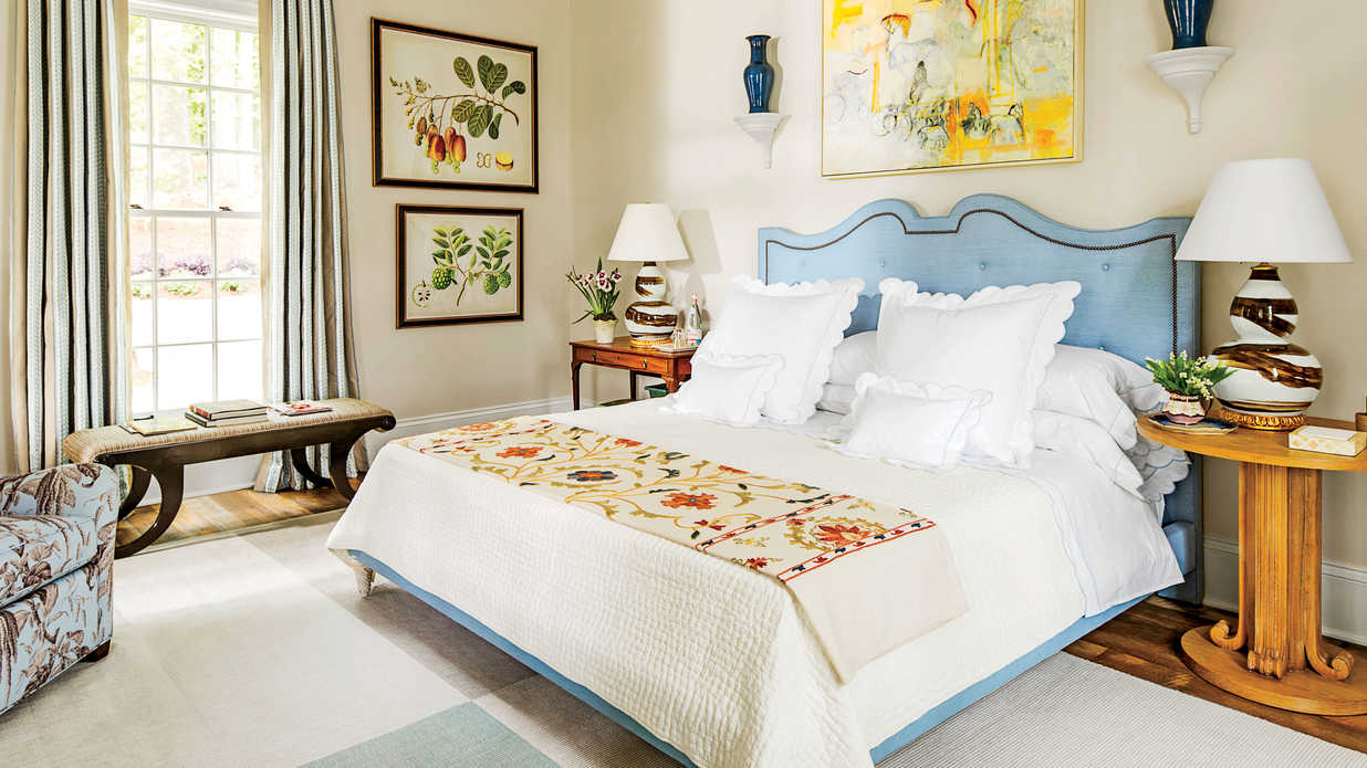 How to create a beautiful comfortable bedroom southern for Beautiful main bedrooms