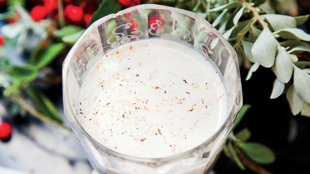 Classic Christmas Cocktails Every Southern Hostess Should Know