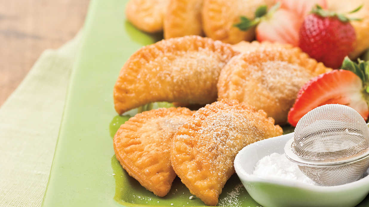 How to Make Fried Strawberry Pies