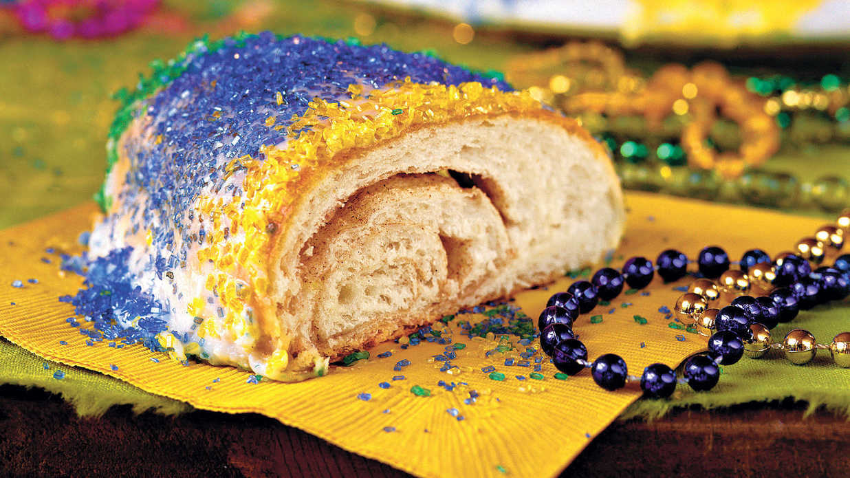 host a mardi gras party - southern living
