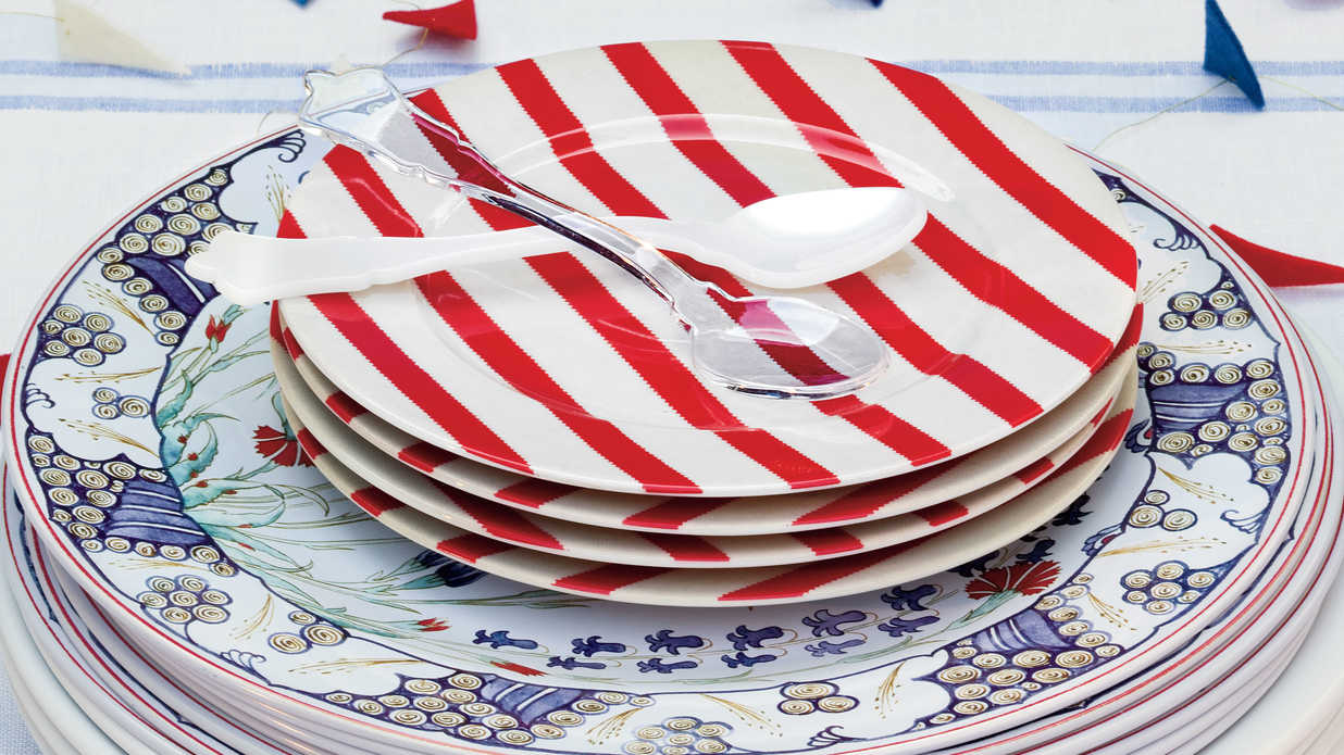 An All-American Table Setting