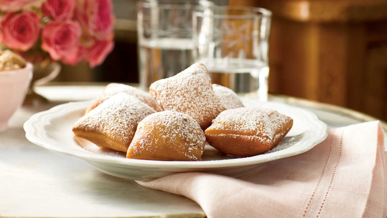 How to make classic new orleans beignets southern living forumfinder Image collections