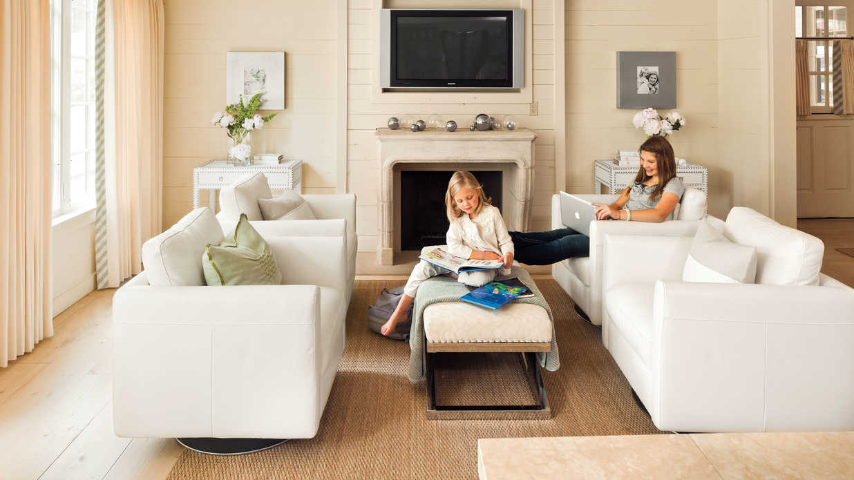 Use flexible furniture in a great room 106 living room for Great living room furniture