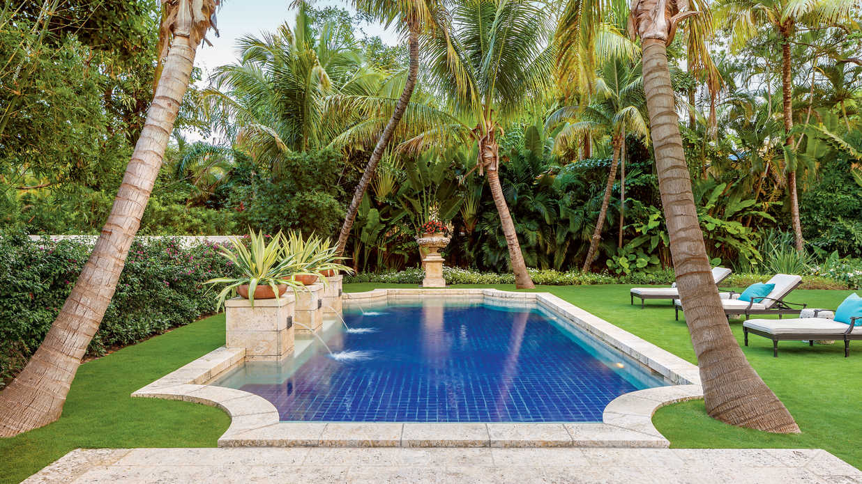 Magnificent miami garden southern living for Garden city pool 2015