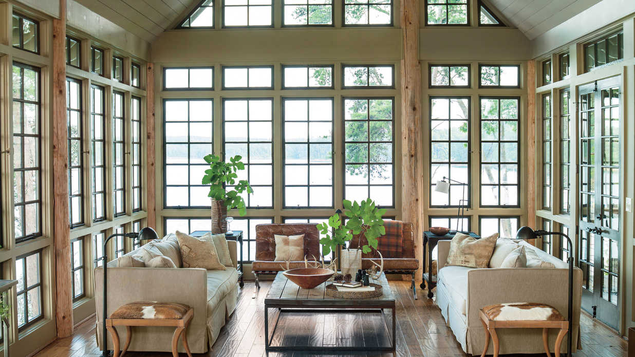 Lake house decorating ideas southern living for Lakefront home design ideas
