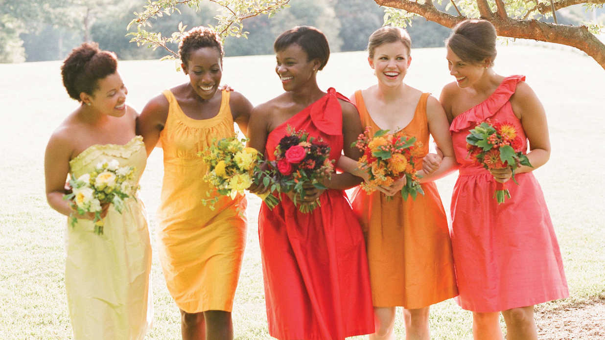 Late-Summer Wedding with a Pop of Red