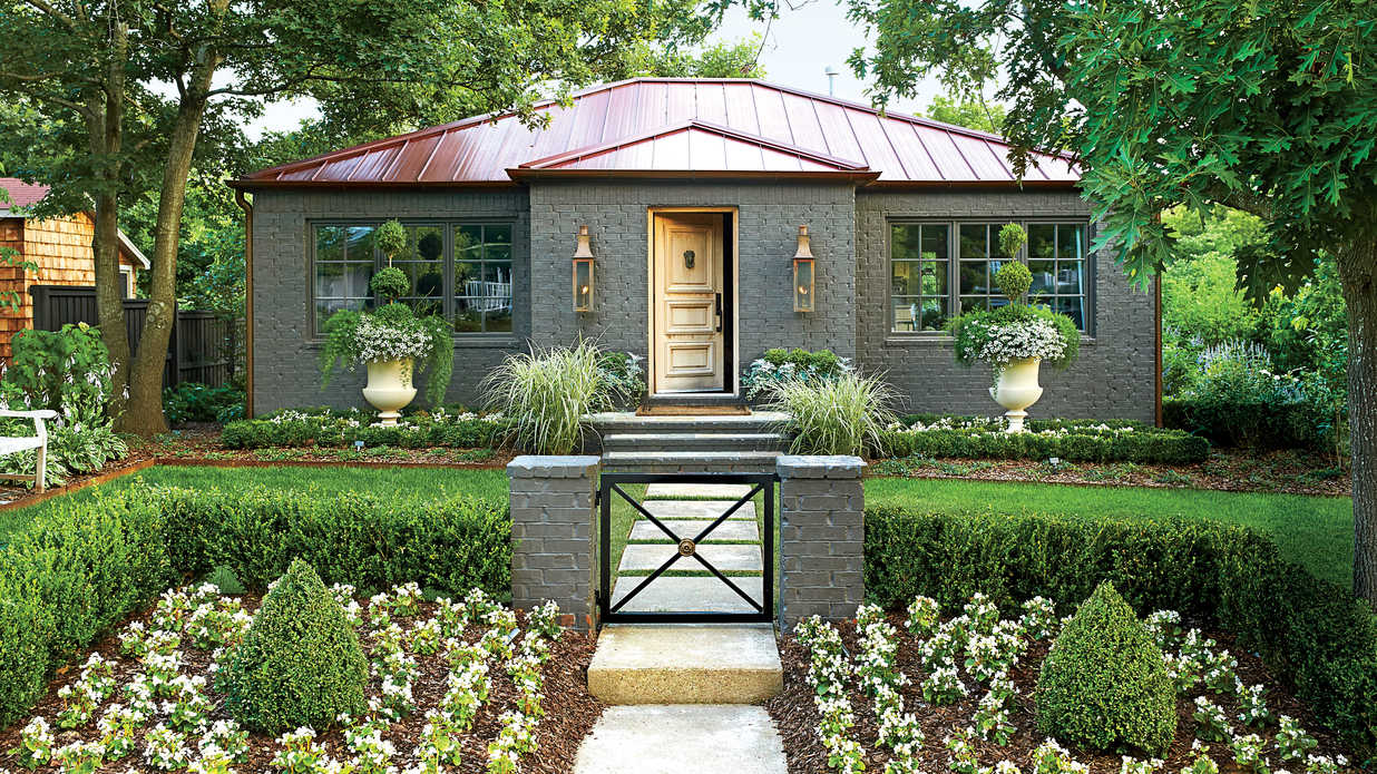 Arkansas Garden Cottage Makeover - Southern Living