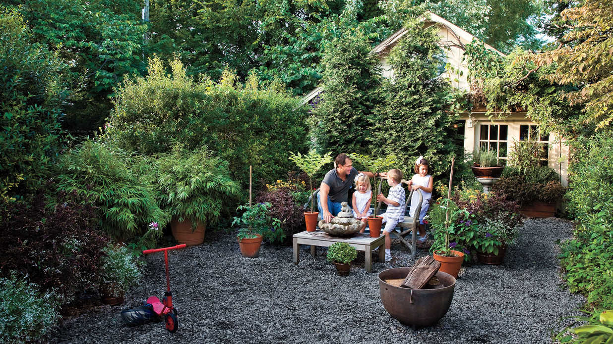 Budget friendly backyard landscaping southern living - Small backyard landscape designs ...