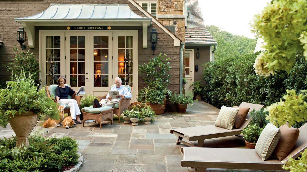 Cottage design - interior and exterior ideas for a country house