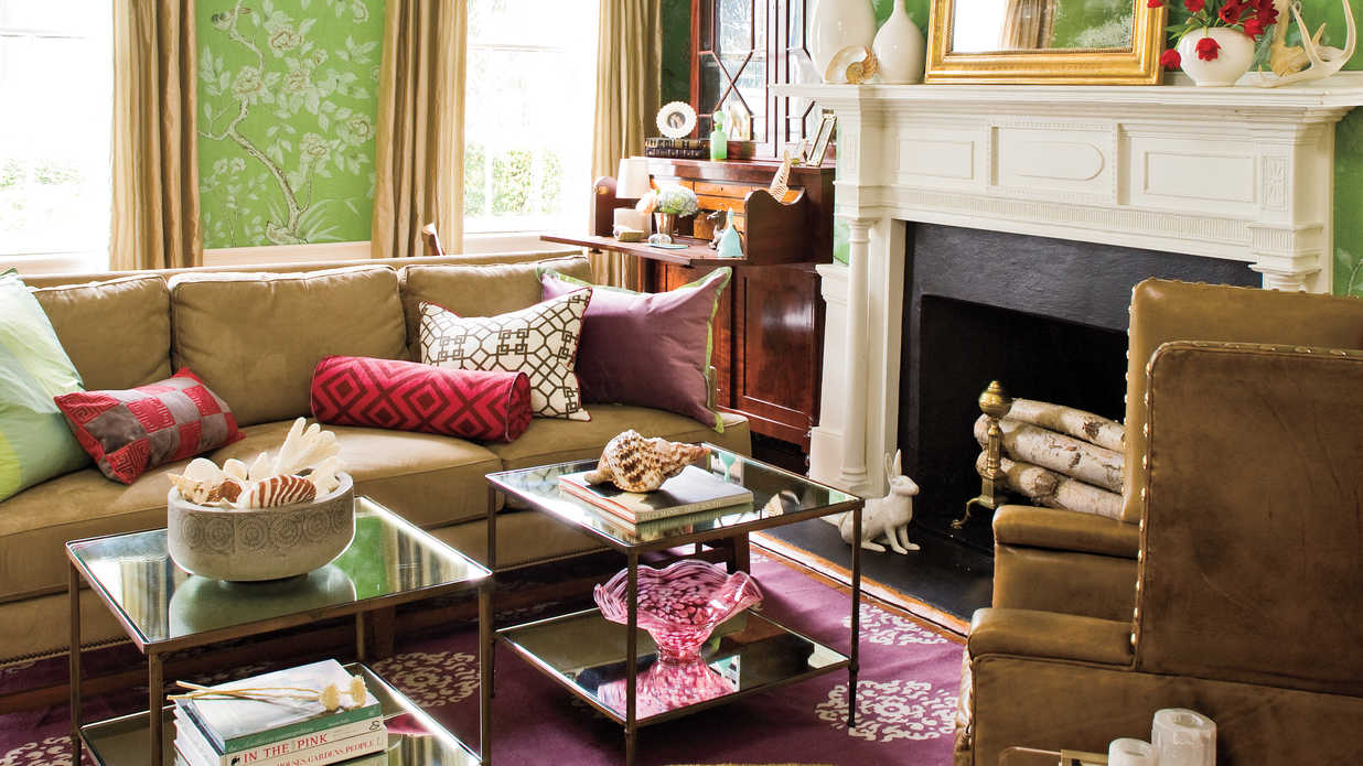 Beautiful wallpaper ideas southern living for Southern home decor ideas