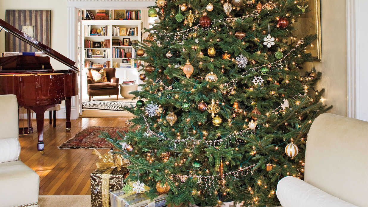 christmas and holiday decorating ideas trees southern living