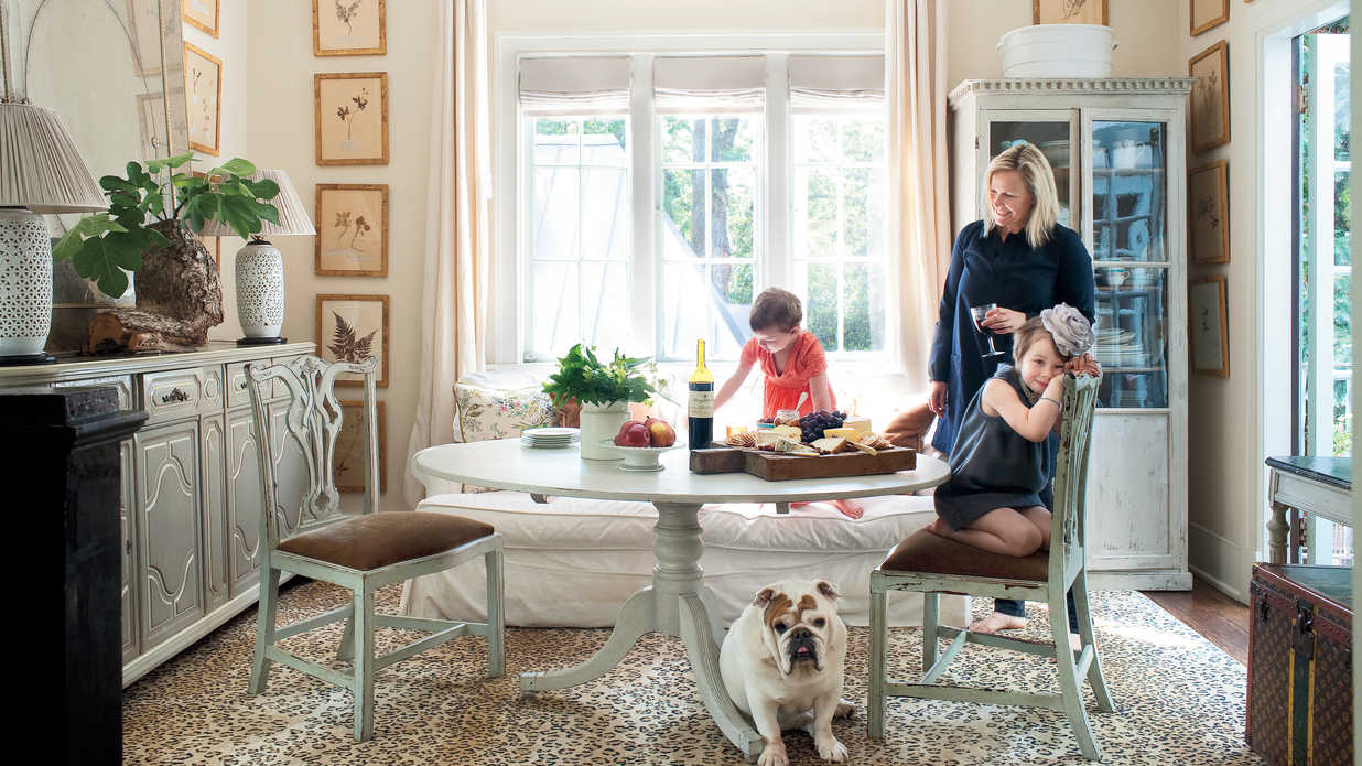 Turn your house into a home with five interior design tips for Amy ruth s home style southern cuisine