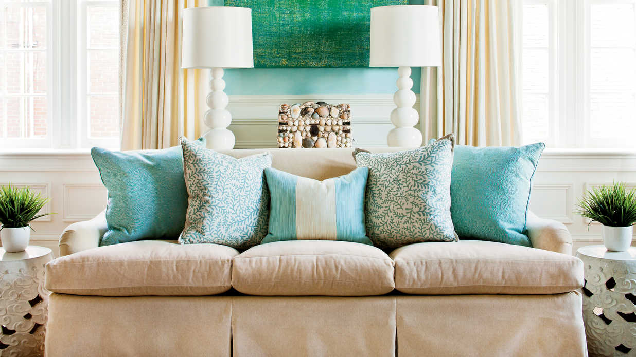 How To Arrange Sofa Pillows , Southern Living
