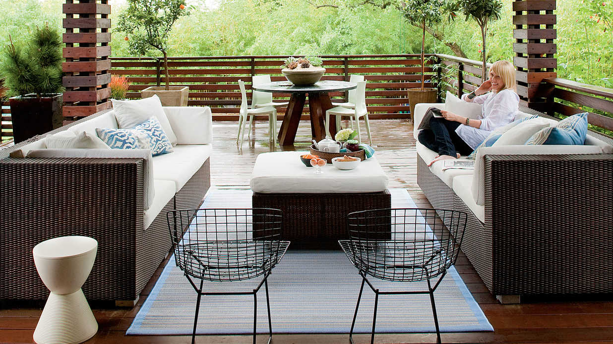 Zen-Inspired Backyard Deck