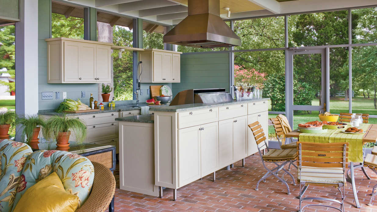 Ultimate outdoor kitchen design ideas southern living for Outdoor kitchen floor plans