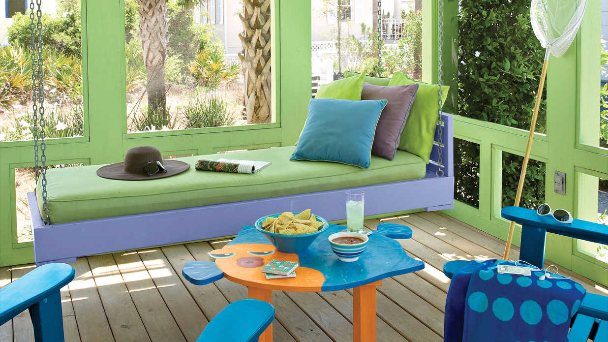 Beach decorating ideas outdoor spaces southern living Beach patio decor ideas