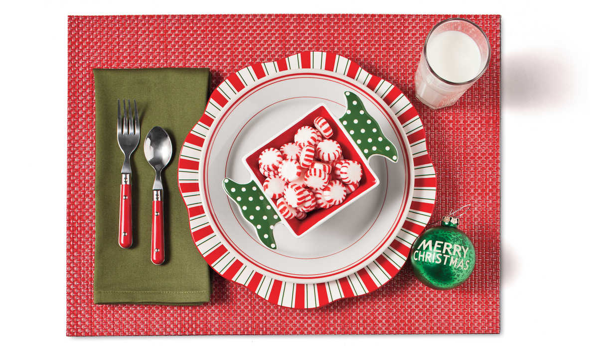 holiday table decorations 6 ways southern living