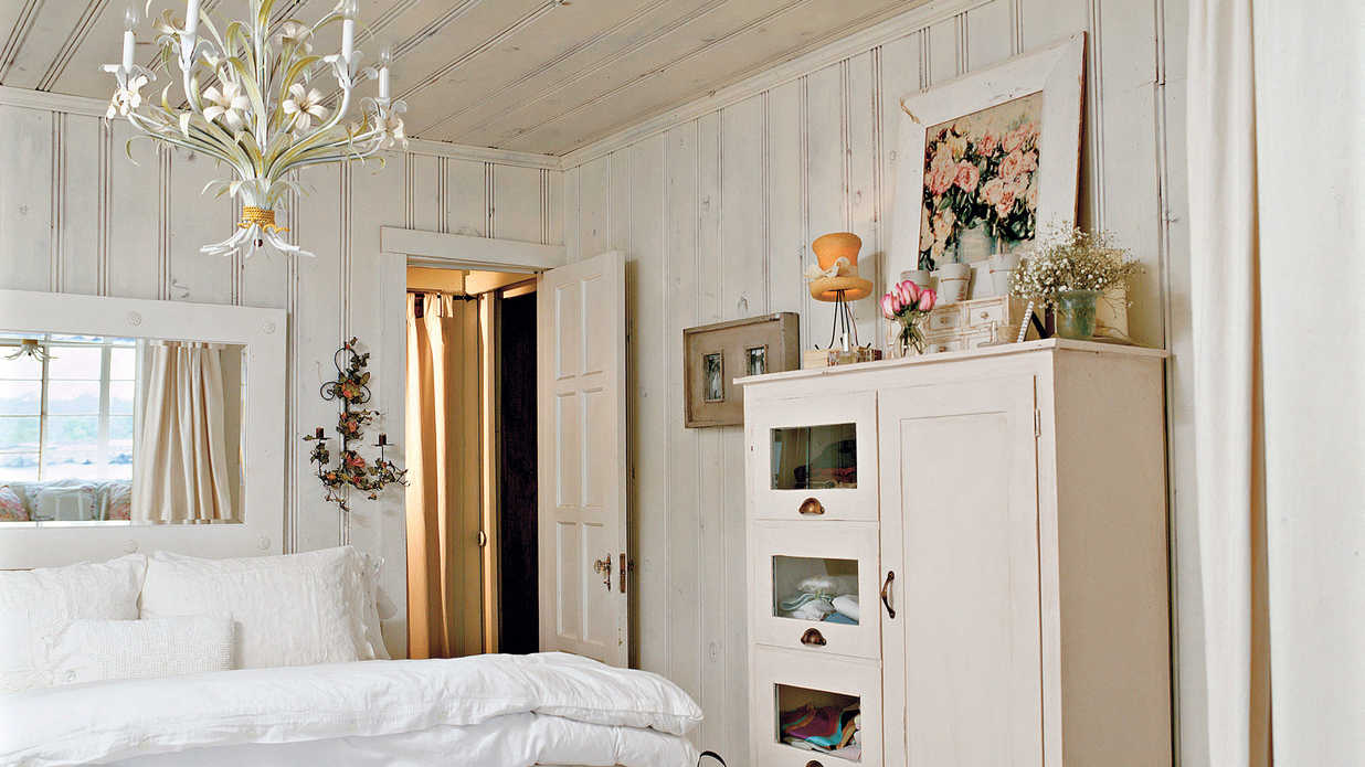 Cottage White Master Bedroom Decorating Ideas Southern