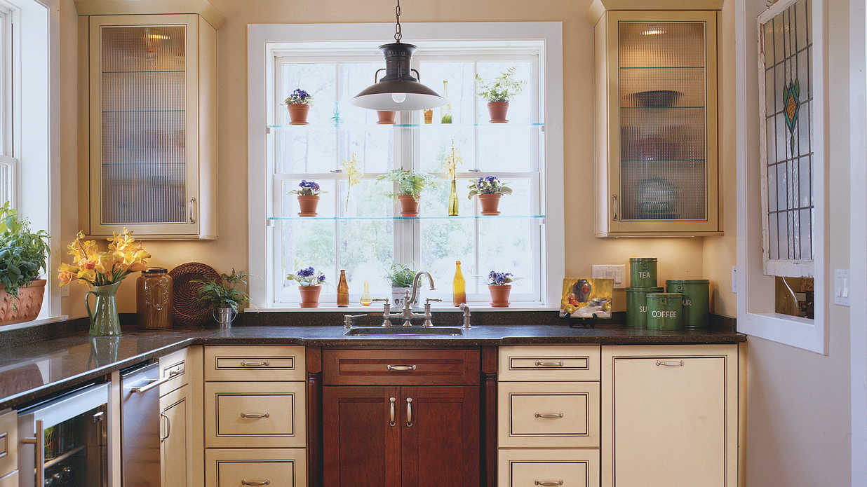 Farmhouse kitchen idea house kitchen design ideas for Southern style kitchen ideas