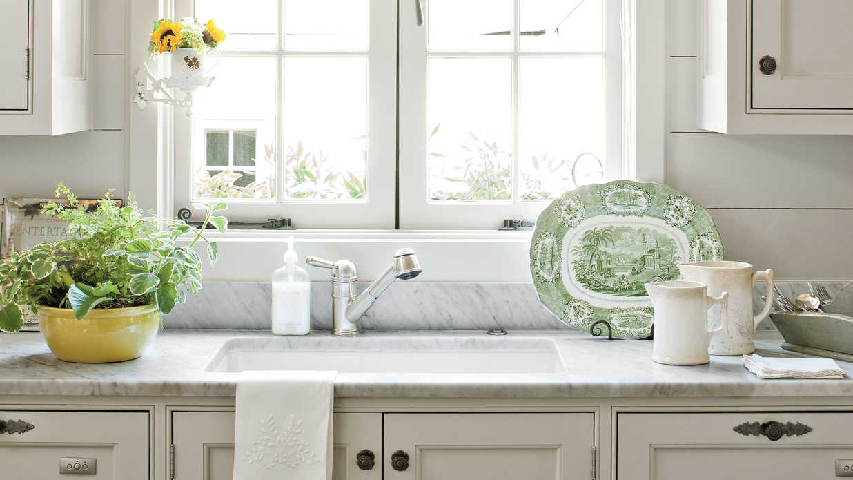 Our best cottage kitchens southern living for Southern kitchen design