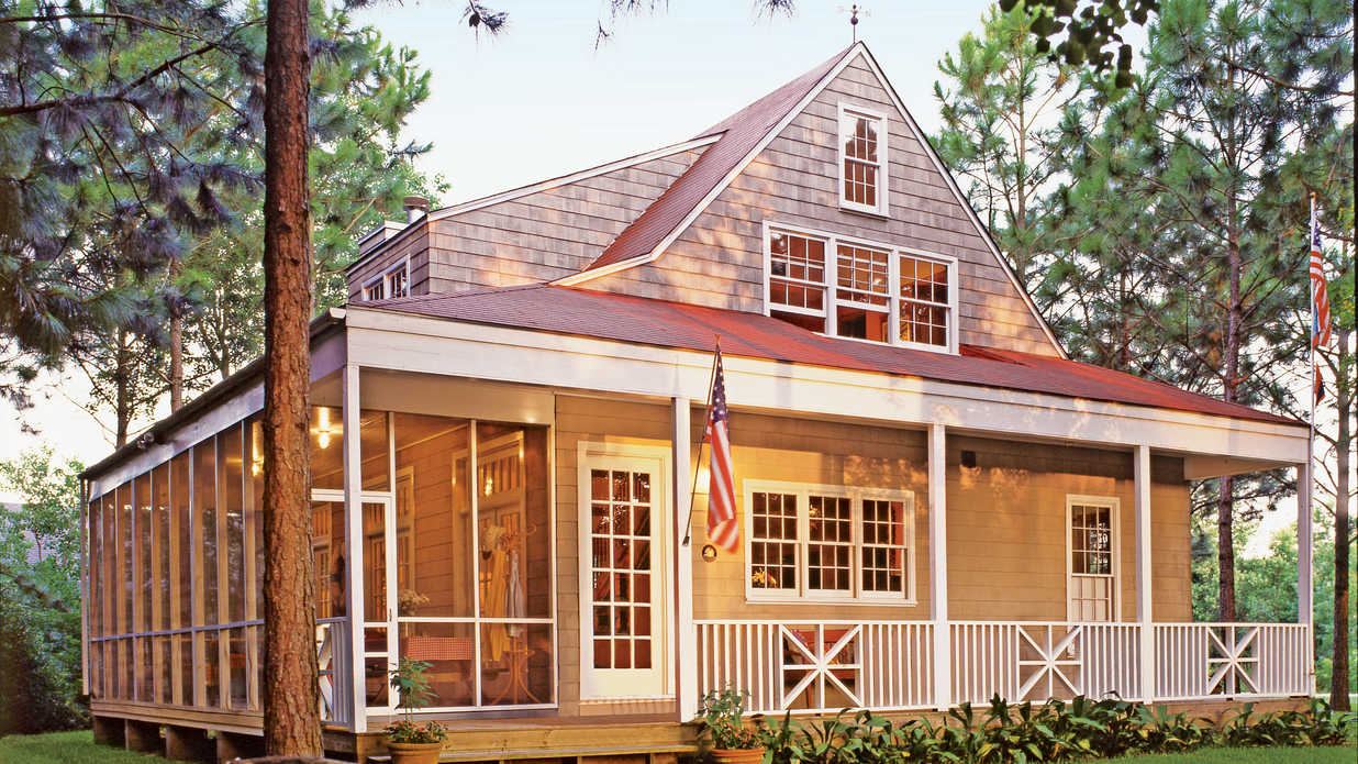 Nautical cottage 2016 best selling house plans for Best southern house plans