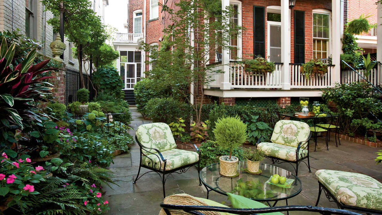 Home Design Backyard Ideas: Landscape Designs: Good Bones Make Great Gardens