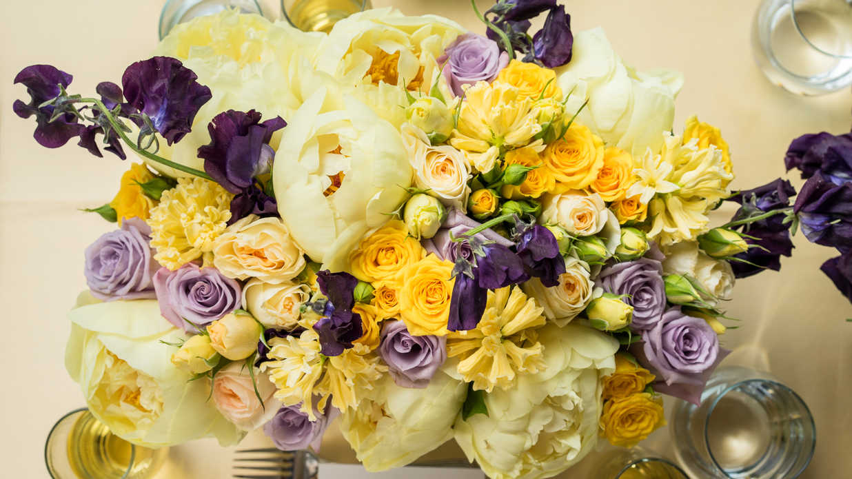 The Dos And Donts Of Bridal Shower Arrangements Southern Living