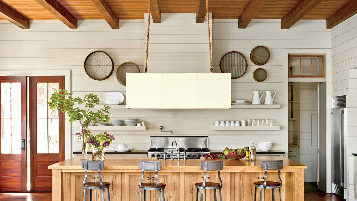 15 Ways with Shiplap Southern