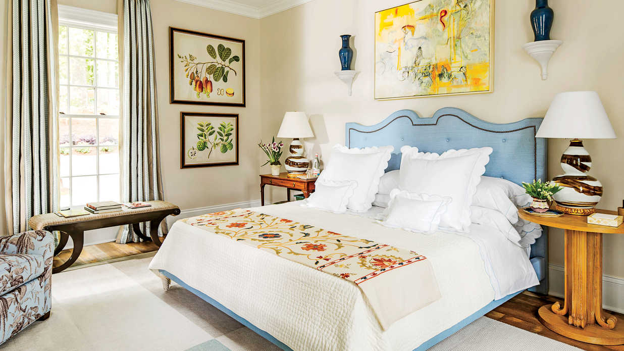 Master of style beautiful blue bedrooms southern living for Southern bedroom designs