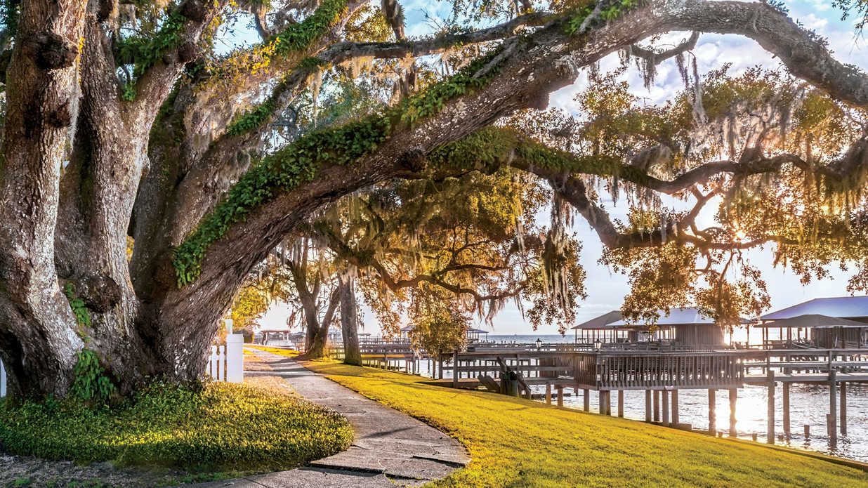 The South's Prettiest Towns 2018