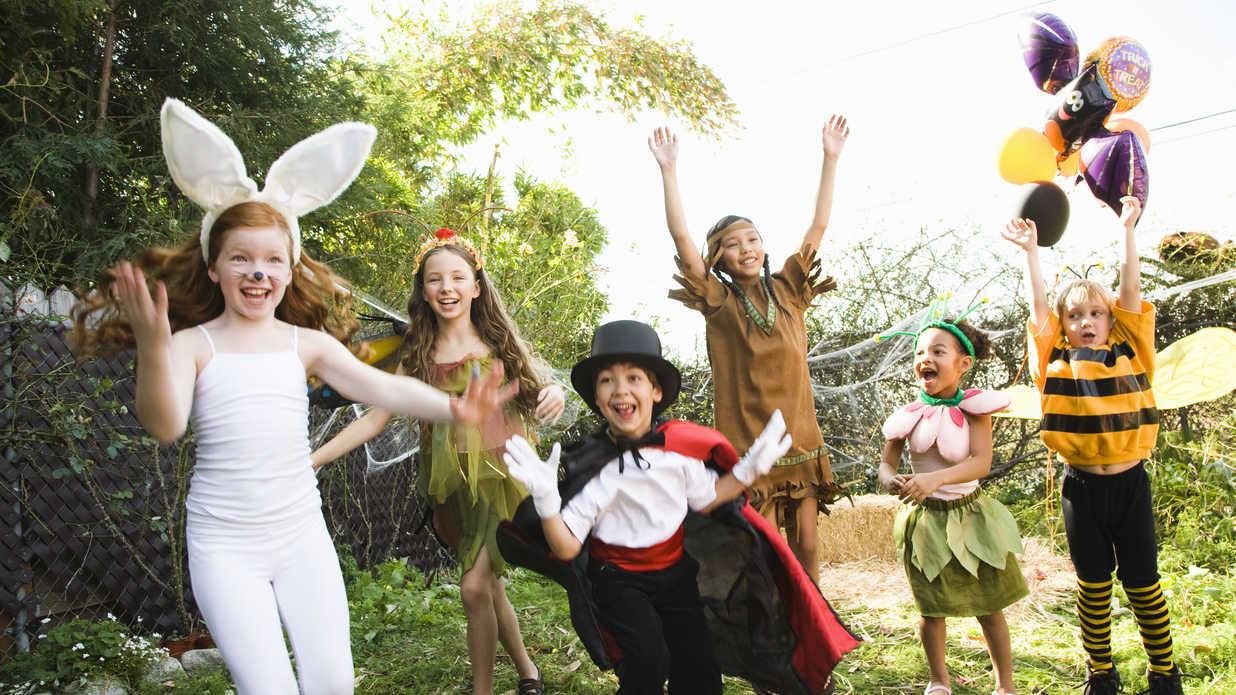 8 Halloween Party Games Your Kids Will Love
