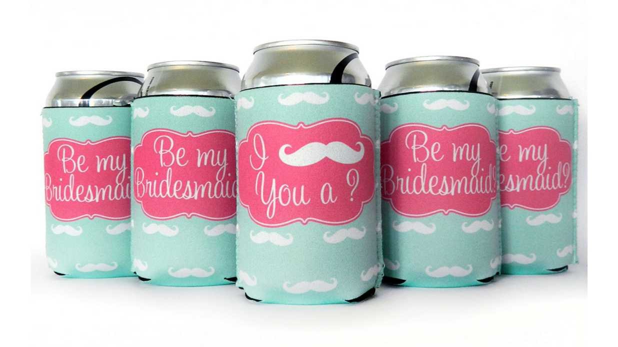 17 Totally Original Ways to Ask Your Nearest and Dearest to be Your Bridesmaids