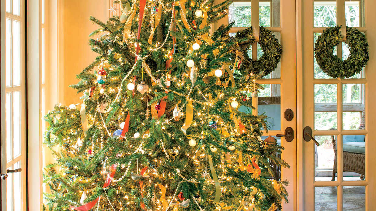 13 Ways to Dazzle with Holiday Decor and More - Southern Living
