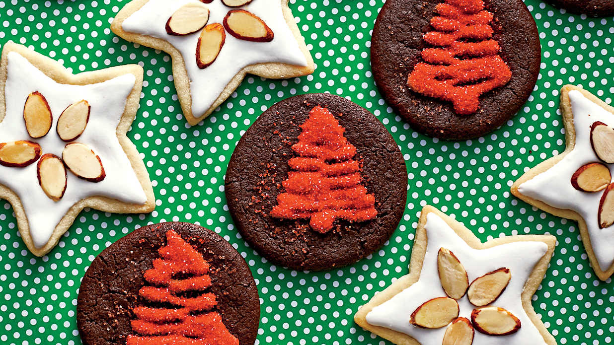 32 Classic Christmas Cookies You'll See at Every Southern Swap