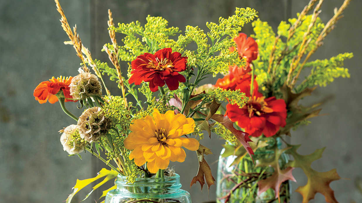How to Keep Flowers Fresh - Southern Living