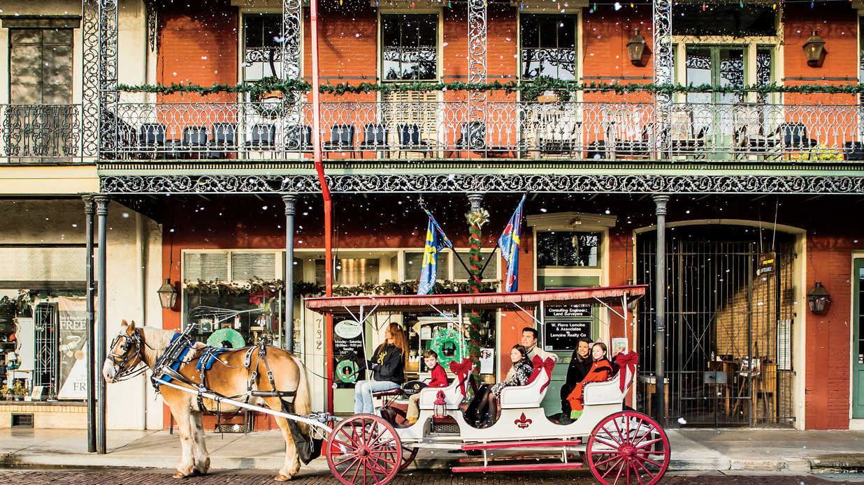 Celebrate The Holidays In Natchitoches Like A Steel