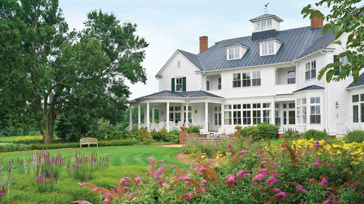 These Farmhouse Designs Will Make You Crave the Countryside