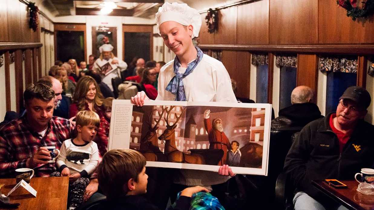 Polar express is hitting a town near you southern living for What is the best polar express train ride