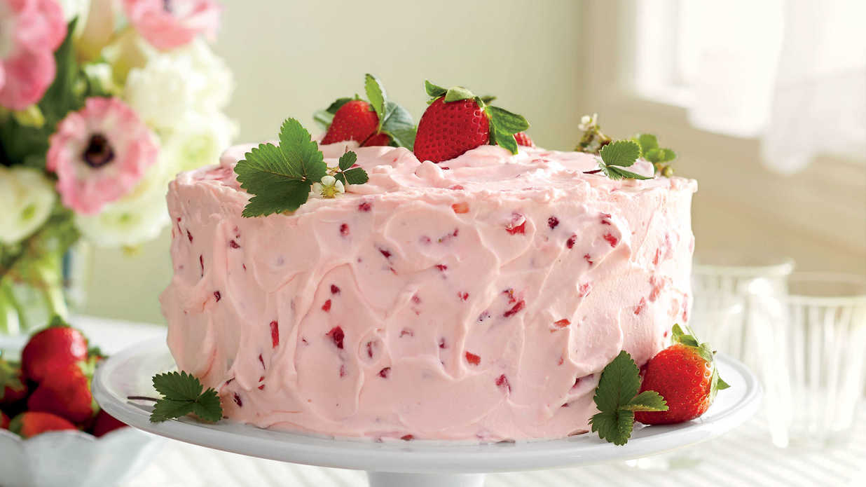 Mother's Day Cakes That Are Almost as Sweet as Mama Is