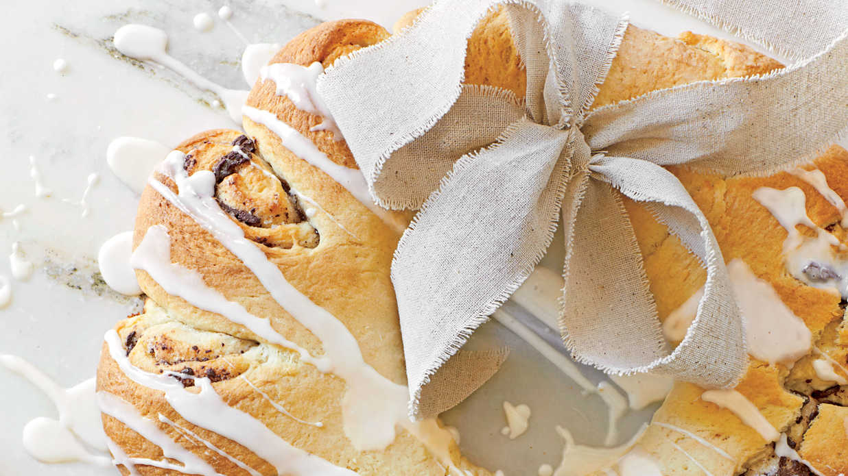 Delicious Last-Minute Baked Goods to Give as Gifts