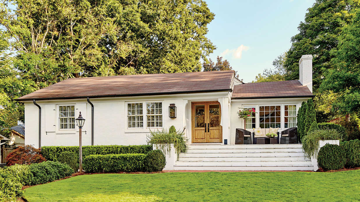 A dramatic ranch house renovation southern living for How to update the exterior of a ranch style house