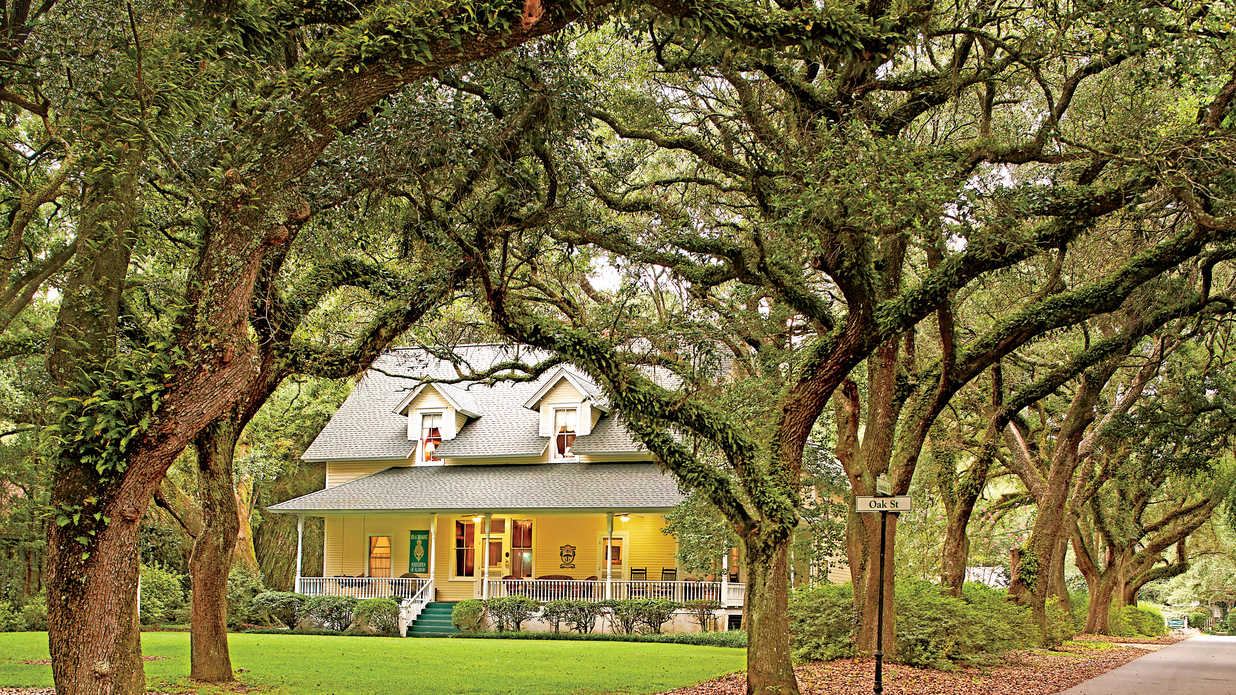 6 Things You Need To Know About Magnolia Springs Alabama