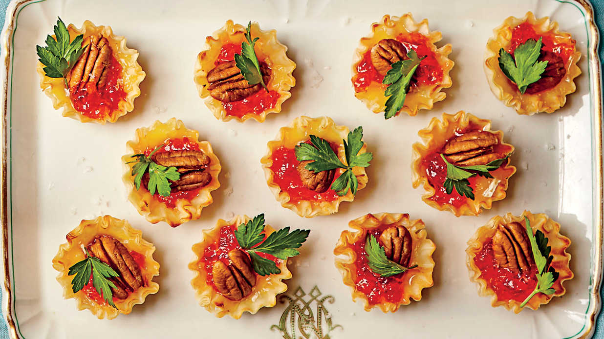 Easy Oscar Appetizers That Only Look Fancy
