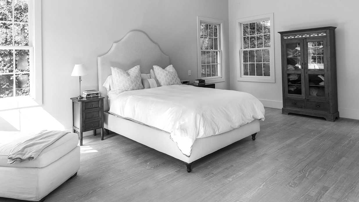 """The Goodbye Blank Slate"" Modern Bedroom Makeover"