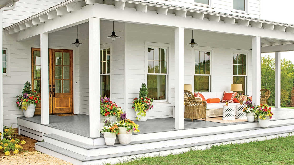 Before and after porch makeovers that you need to see to for Porch rooms