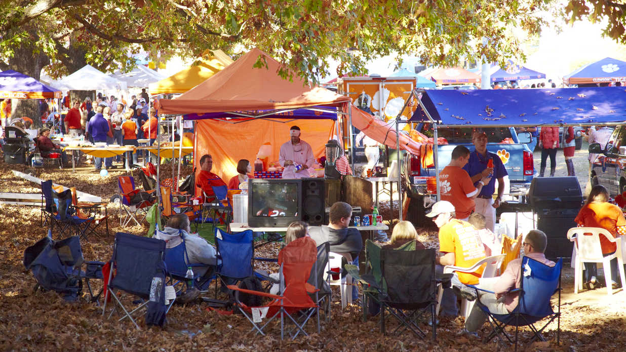 The South S Best Tailgates 2017 Southern Living