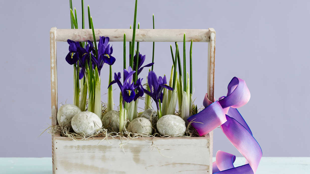 25 Easy Spring Decorating Ideas We're DIYing this Weekend