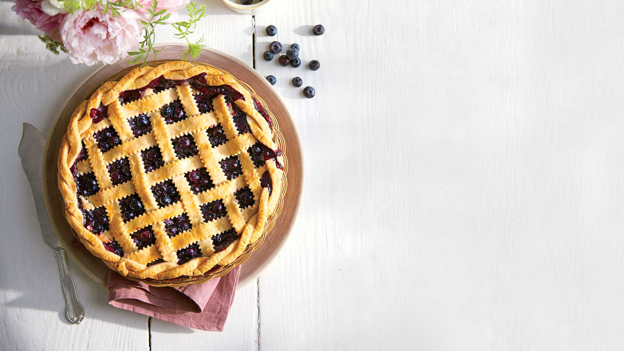 7 Delicious Reasons We're Happy It's Fruit Pie Season